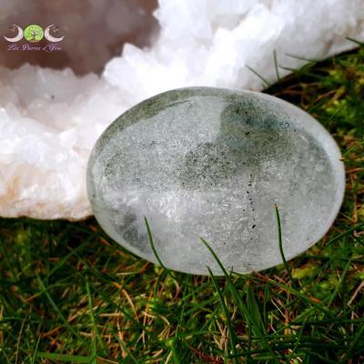 Cristal de roche inclusions chlorite - Galet qualité Extra [160g]